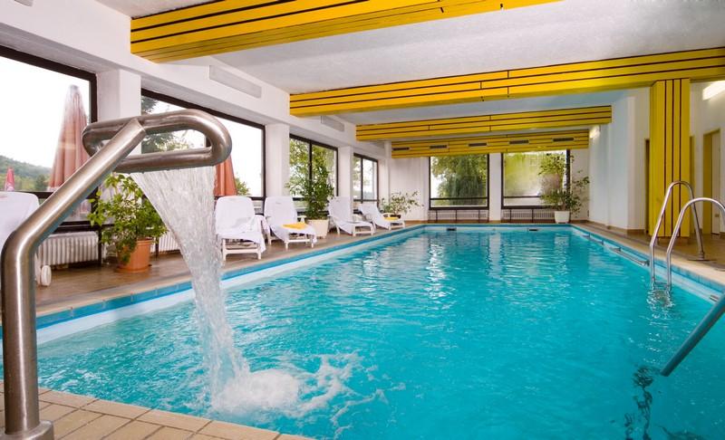 http://www.hotel-schuerger.de/daten/fotogalerie/allgemein/hotel_impressionen/bilder/hotel-schuerger_hotelimpressionen-001.jpg